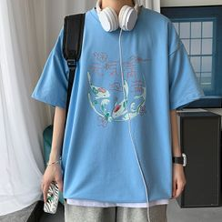 Holzwege(ホルツウェジ) - Short-Sleeve Fish Print T-Shirt