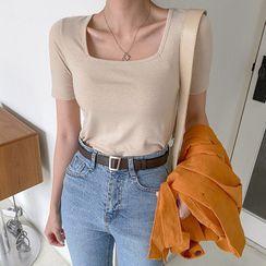 MERONGSHOP - Square-Neck Slim-Fit T-Shirt