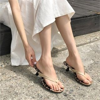 MONOBARBI - Kitten-Heel Thong-Strap Sandals