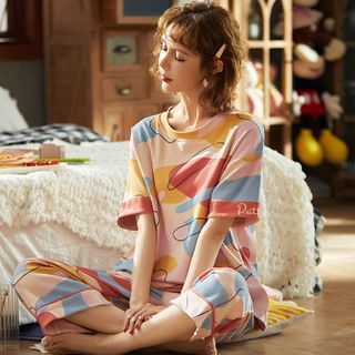 Ribbonsong - Pajama Set: Printed Elbow-Sleeve T-Shirt + Cropped Lounge Pants