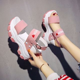 Sleeko - Heart Print Lettering Platform Sandals