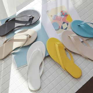 JUSTONE - Colored Thong Flip-Flops