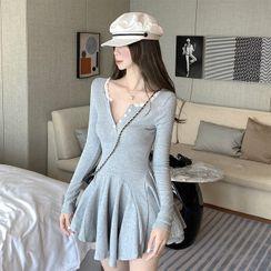 Tanee - Long-Sleeve Lace Slim-Fit Mini Dress