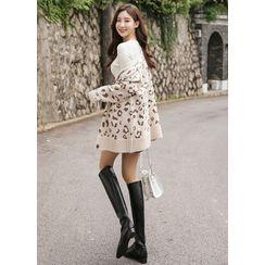 Styleonme - V-Neck Loose-Fit Leopard Cardigan
