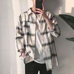 Acrius - Pocketed Plaid Shirt