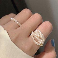 Studio Nana - Faux Pearl Ring (various designs)