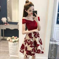 Jolly Club - Off Shoulder A-line Party Dress