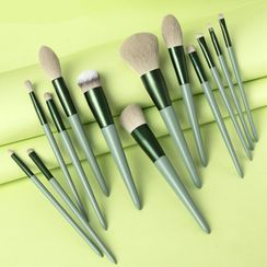 Violeta - Set of 13: Makeup Brush