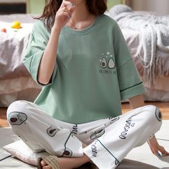 Jeony - Pajama Set: Short-Sleeve Shirt + Pants