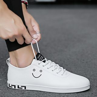 HANO - 笑脸仿皮休閒鞋