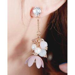 Miss21 Korea(ミス21コリア) - Flower-Motif Bead Asymmetric Dangle Earrings