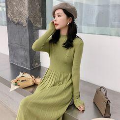 Yaonee - Buttoned Long-Sleeve Midi Knit Dress