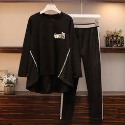 Sugar Town - Set: Long-Sleeve Dip-Back T-Shirt + Sweatpants