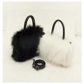 Shimme - Mini Fluffy Hand Bag