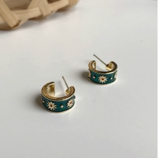 Kokyu - Glazed Flower Hoop Earrings
