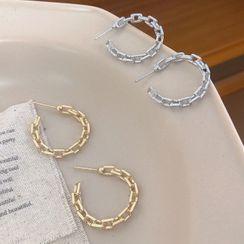 Studio Nana - Chain Open Hoop Earring