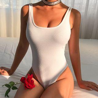 Genrovia - Plain Sleeveless Bodysuit