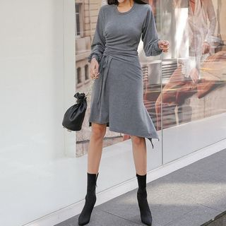 Oscuro - Long-Sleeve Drawstring Sheath Dress