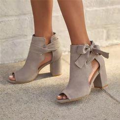 Avanti - 踝结带粗跟凉鞋