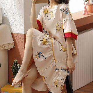 Lion Sniff - Printed Short Sleeve Sleep Dress