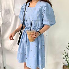 FROMBEGINNING - Puff-Sleeve Flower Embroidery Dress