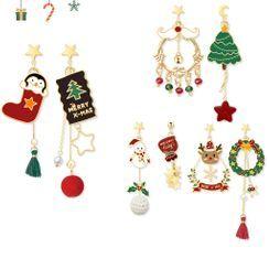 Cv Plus Design - Non-matching Alloy Christmas Dangle Earring