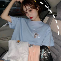 Moon City - Elbow-Sleeve Embroidered T-Shirt