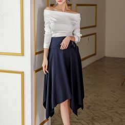 Dimanche - Long-Sleeve Off-Shoulder Top / Midi A-Line Satin Skirt