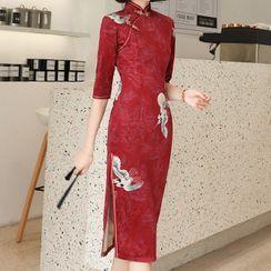 Luxury Style - 3/4-Sleeve Crane-Print Midi Qipao Dress