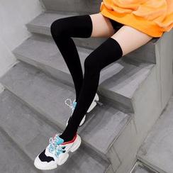Lucky Nine - Thigh High Socks