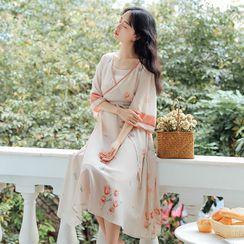Effie - 套裝: 喇叭袖印花漢服連衣中裙 + 吊帶連衣裙