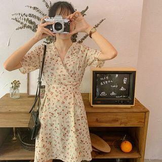 Mikiko - 短袖碎花迷你裹式连衣裙