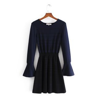 Amoura - 条纹喇叭袖迷你A字连衣裙