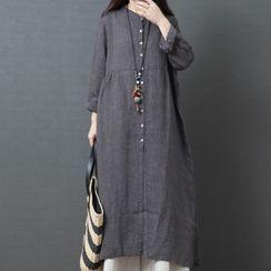 Glorieux - Long-Sleeve Side-Slit Midi Shift Dress