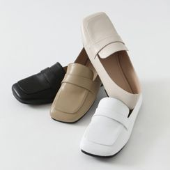 HOTPING - Square-Toe Strap Loafers