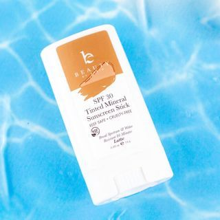 Beauty by Earth - Tinted Mineral Sunscreen Sticks - SPF 30 (Latte)