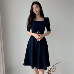 Styleberry - Sweetheart-Neck A-Line Dress with Belt