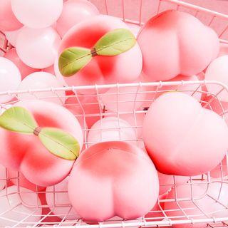 Sanzo - Peach Squishy Toy