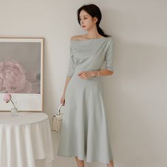 Hasu - One-Shoulder Elbow-Sleeve Midi A-Line Dress