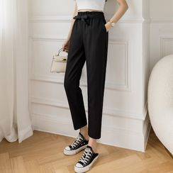 Whisperia(ウィスペリア) - High-Waist Cropped Tapered Pants