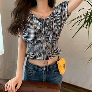 Guajillo - Gingham Ruched Waist Crop Top