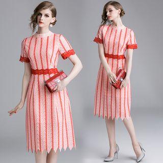 Yonna - 條紋蕾絲邊短袖A字連衣中裙