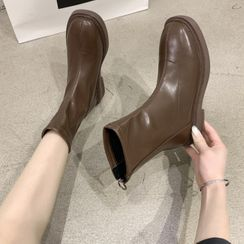 Fastir - Faux Leather Short Boots