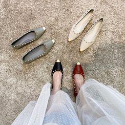MIKOGI - 帽鞋頭鉚釘平跟鞋