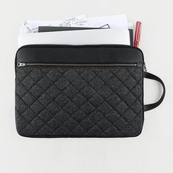 BABOSARANG - Quilted Laptop Pouch