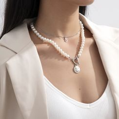 Seirios - Set: Alloy / Smiley Pendant Faux Pearl Necklace