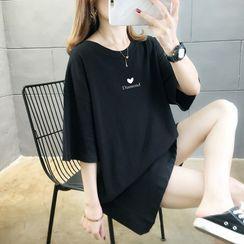 Geuleom - Short-Sleeve Heart Print Tunic T-Shirt
