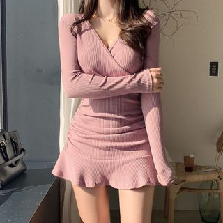 Genrovia - Long-Sleeve V-Neck Mini Mermaid Dress