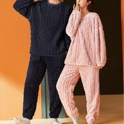 Jeony - 情侣款家居服套装: 长袖珊瑚绒卫衣 + 长裤