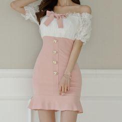 ISMY - Off-Shoulder Lace Panel Ruffle Hem Mini Bodycon Dress
